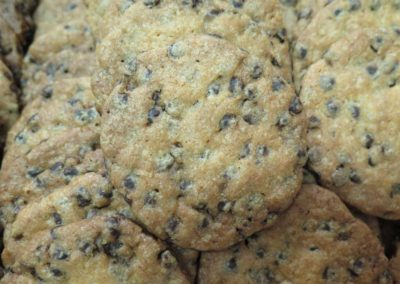 Biscotti al farro e gocce di cioccolato